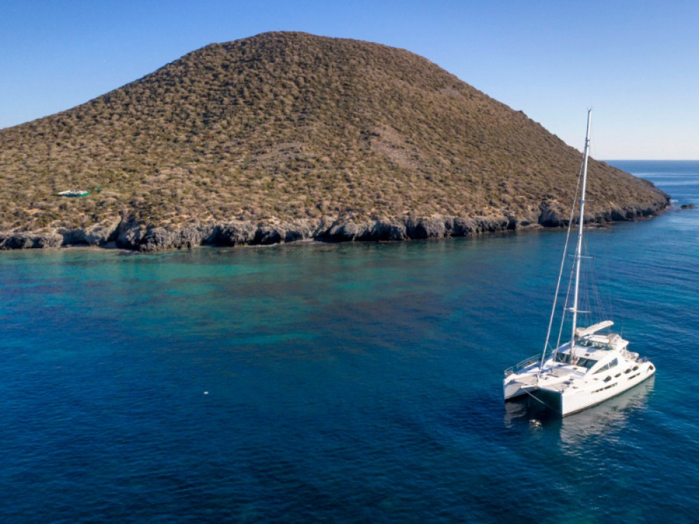 Hire Catamaran with or without skipper Alliaura Balearic Islands
