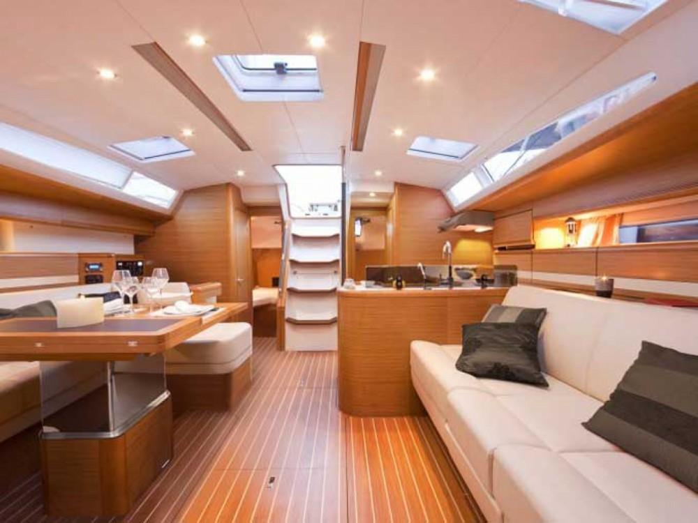 Rental yacht Alimos Marina - Jeanneau Jeanneau 53 on SamBoat