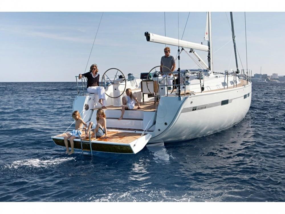 Rental yacht Alimos Marina - Bavaria Bavaria Cruiser 45 on SamBoat