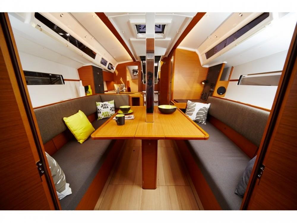 Rental yacht ACI Marina Split - Jeanneau Sun Odyssey 349 on SamBoat
