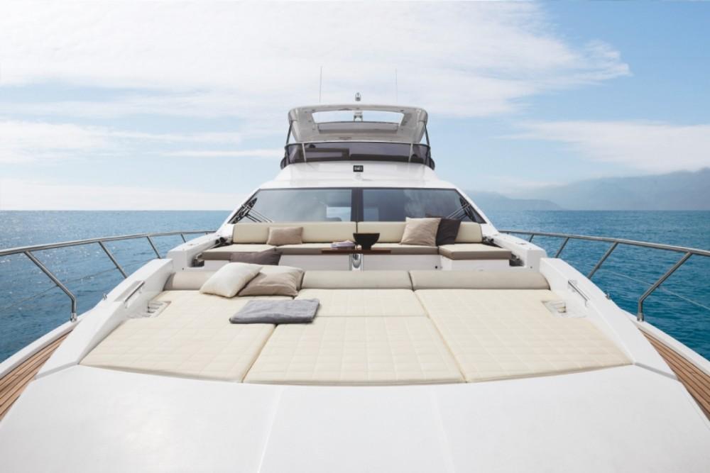 Boat rental Šibenik cheap Azimut 72