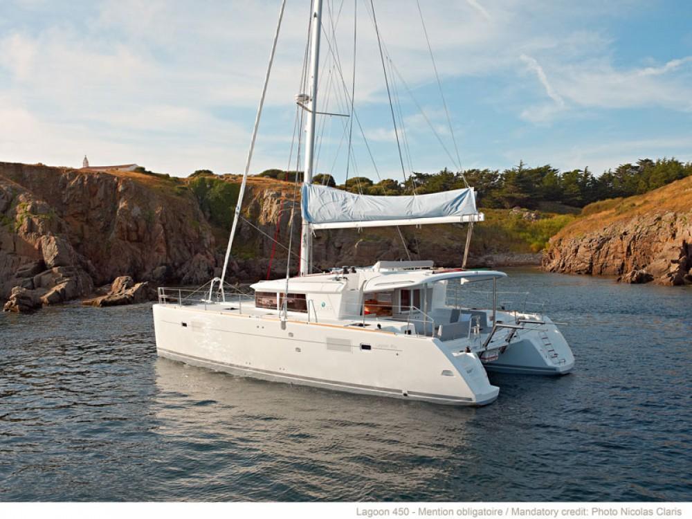 Boat rental  cheap Lagoon 450 (Gen+A/C+WM)