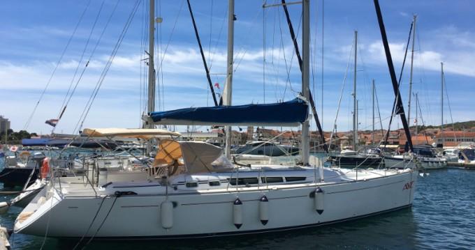 Jeanneau Sun Odyssey 49 entre particuliers et professionnel à ACI marina Vodice