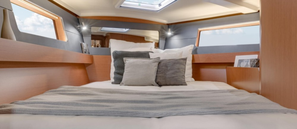 Rental yacht Lefkada - Bénéteau Oceanis 41.1 on SamBoat