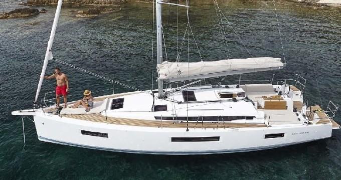 Jeanneau Sun Odyssey 440 entre particuliers et professionnel à Leucade