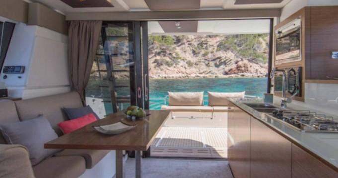 Location Catamaran à Slano - Fountaine Pajot My 37