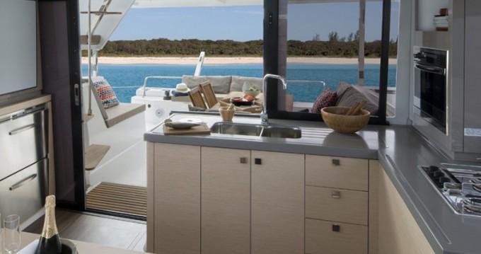 Location yacht à Portimão - Fountaine Pajot Lucia 40 sur SamBoat