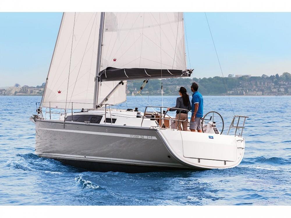 Rent a Bavaria Cruiser 34 Lavagna