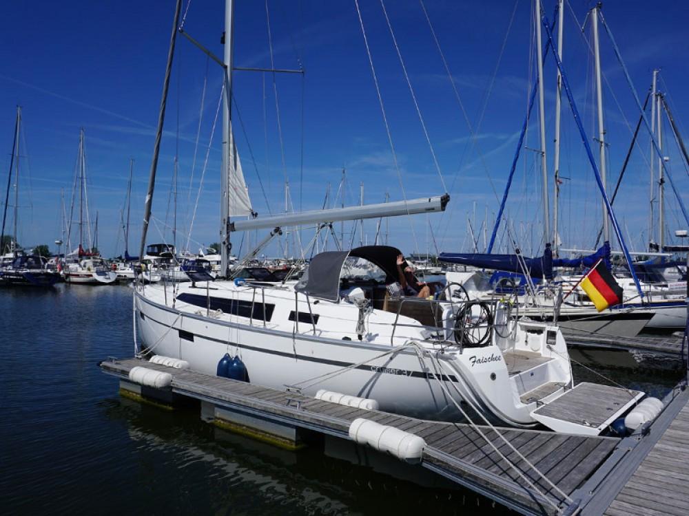 Boat rental Marina Kröslin cheap Bavaria Cruiser 37