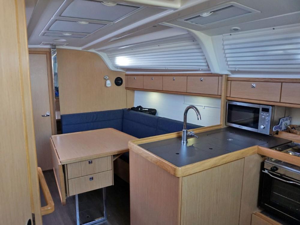 Bavaria Bavaria Cruiser 37 between personal and professional Marina Kröslin