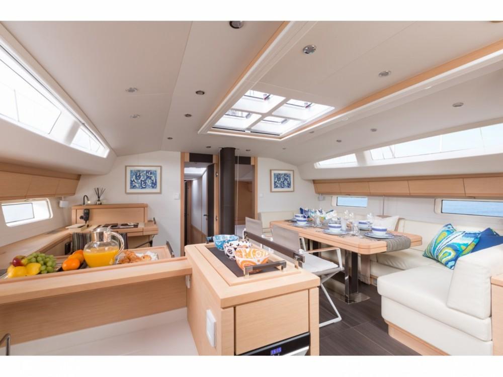 Boat rental Jeanneau Jeanneau 64 in Marmaris on Samboat