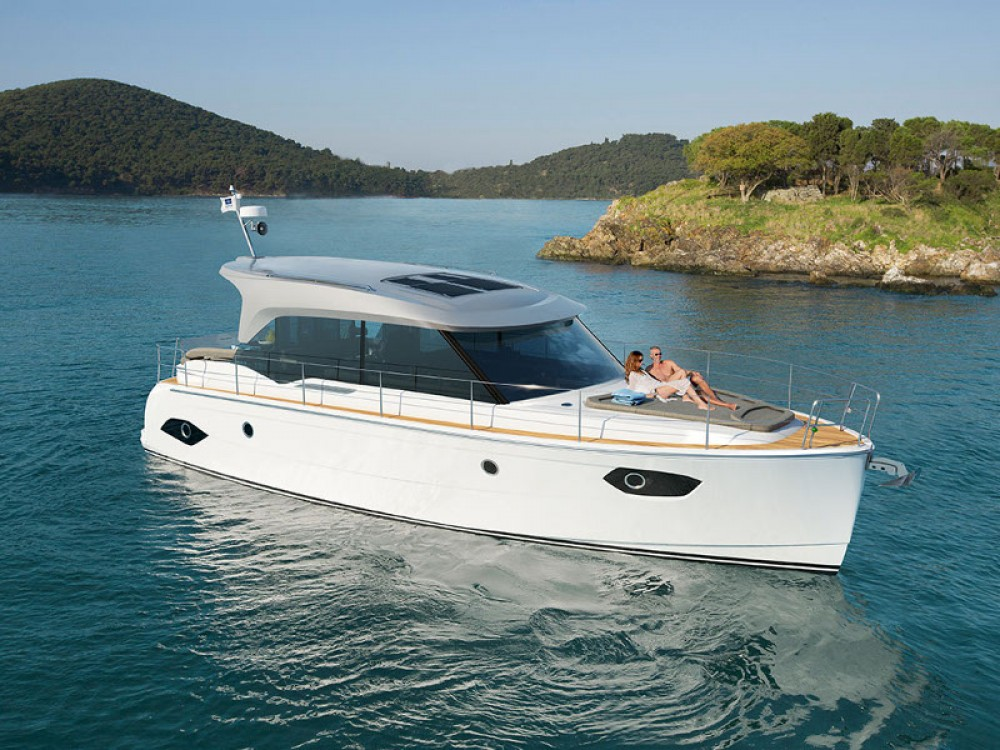 Motor boat for rent Marina Kornati at the best price