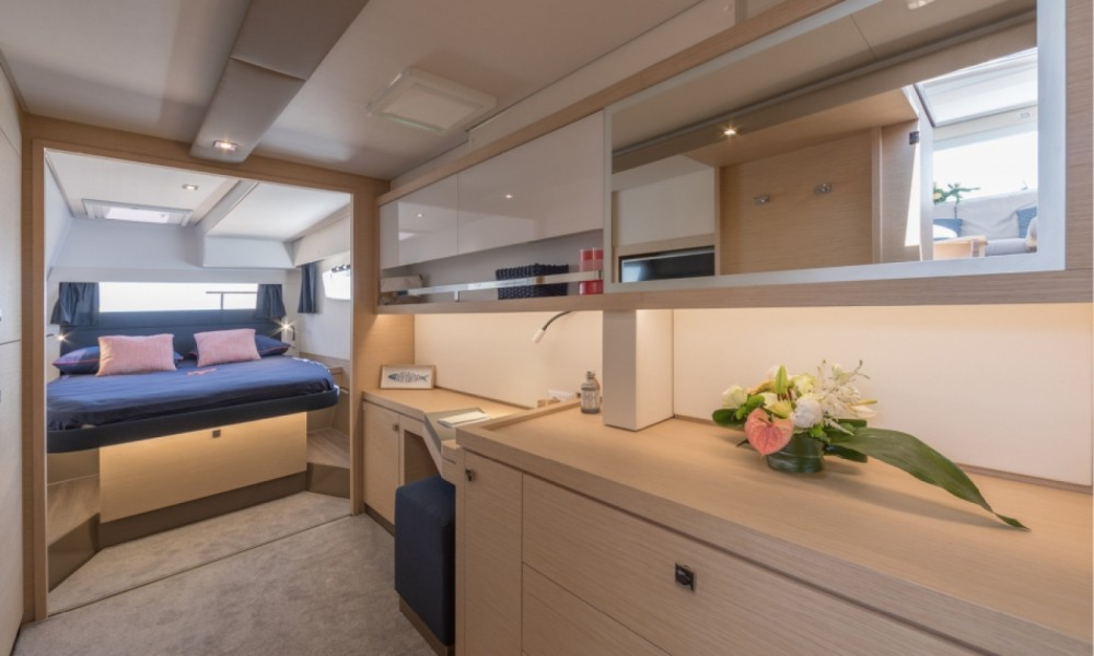 Boat rental Alimos Marina cheap Fountaine Pajot Saona 47