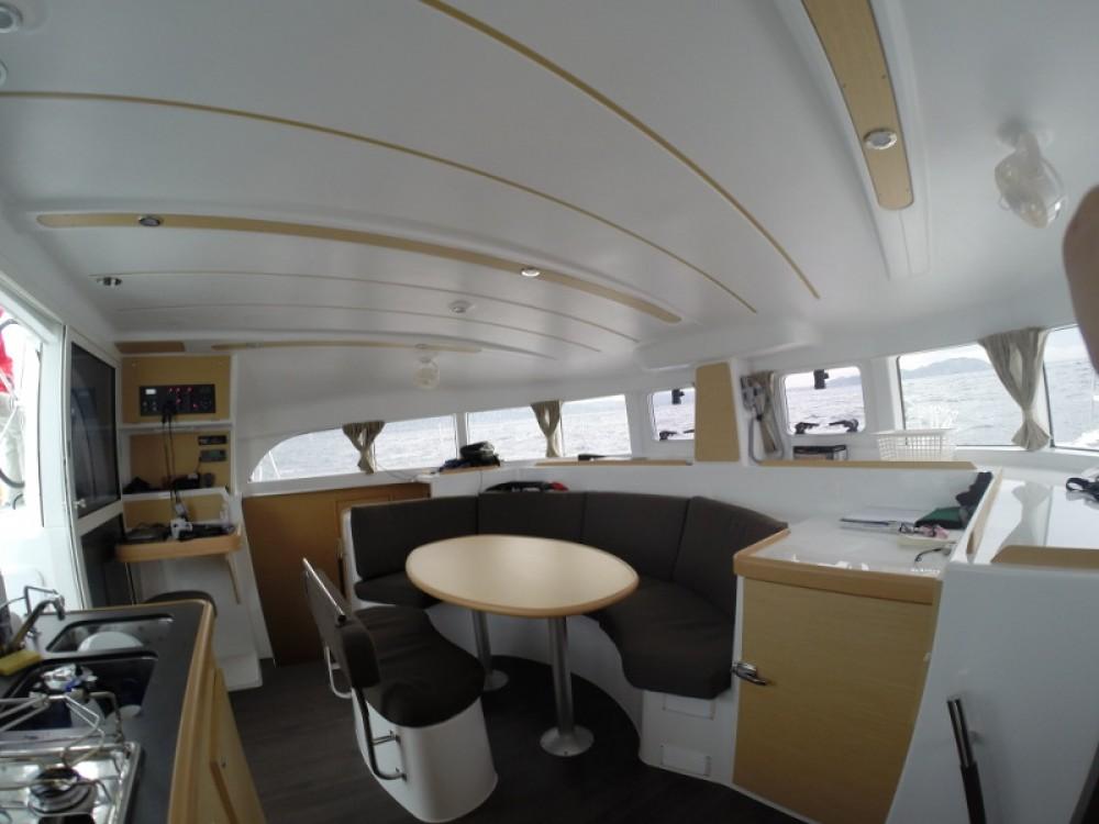Rental Catamaran in Sant Antoni de Portmany - Lagoon Lagoon 380