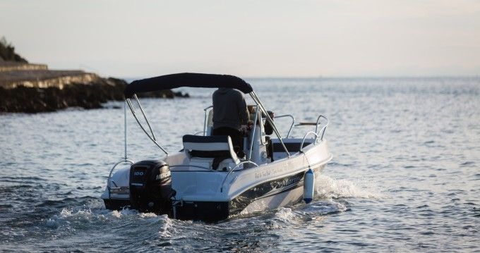 Rental Motor boat Marine with a permit