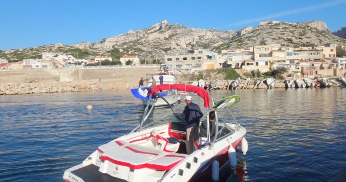 Louez un Chaparral H20 206 à Marseille