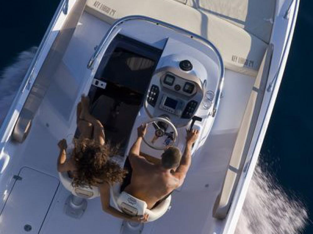 Location bateau La Seyne-sur-Mer pas cher Key Largo 24