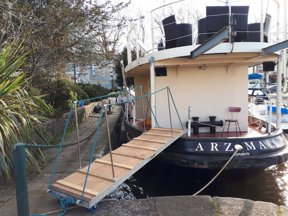 Yacht for rent Lorient at the best price