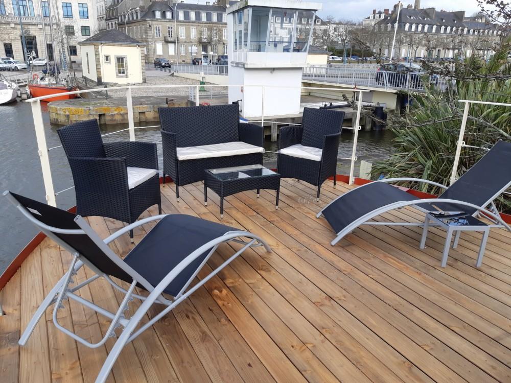 Rental Yacht in Lorient - Remorqueur  250 cv