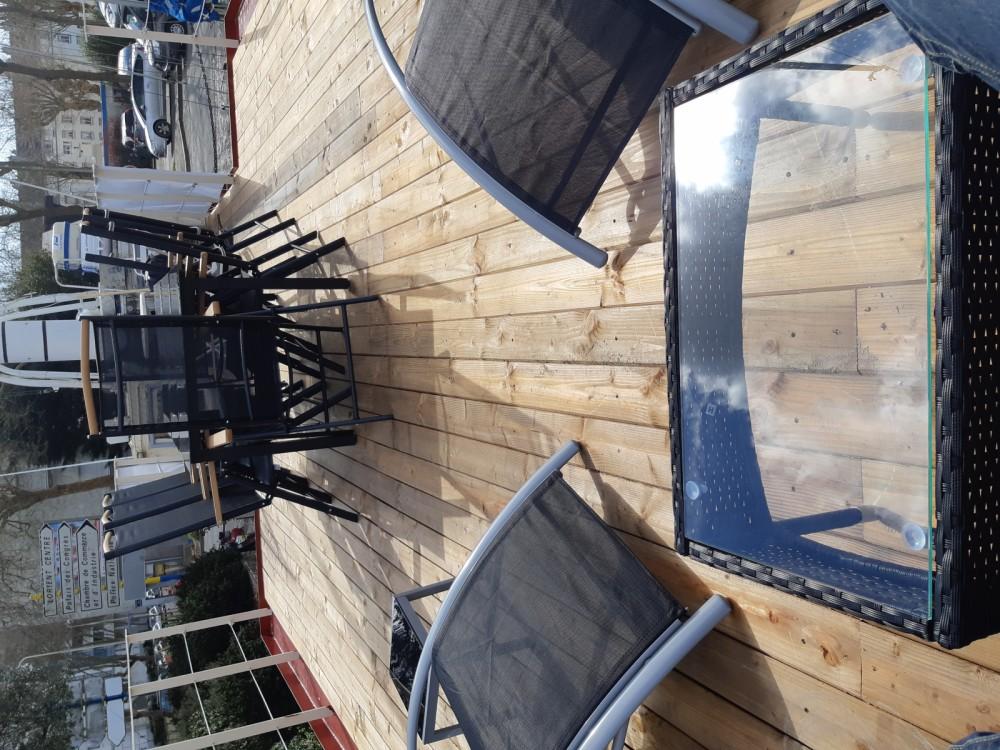 Boat rental Remorqueur  250 cv in Lorient on Samboat