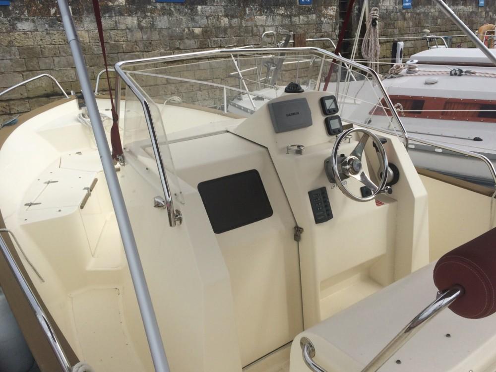 Location bateau Saint-Martin-de-Ré pas cher RHEA OPEN 23