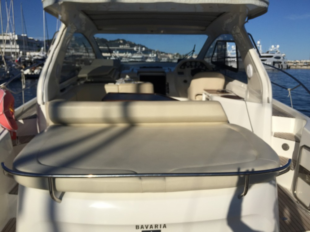 Motorboot mieten in Cannes - Bavaria Bavaria 38 Hard Top