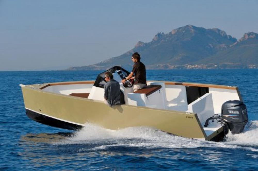 Smartboat Smartboat 23 entre particuliers et professionnel à Saint-Raphaël