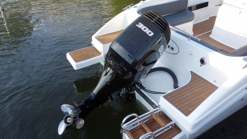 Louer Bateau à moteur avec ou sans skipper Saver à