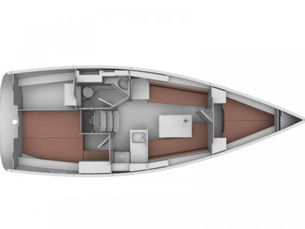 Rental Sailboat in De Fryske Marren - Bavaria Bavaria Cruiser 32