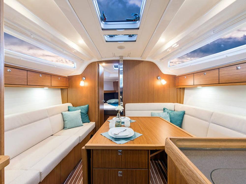 Noleggio yacht De Fryske Marren - Bavaria Bavaria Cruiser 37 su SamBoat