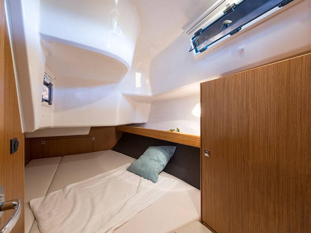 Bootverhuur Bavaria Cruiser 37 in De Fryske Marren via SamBoat