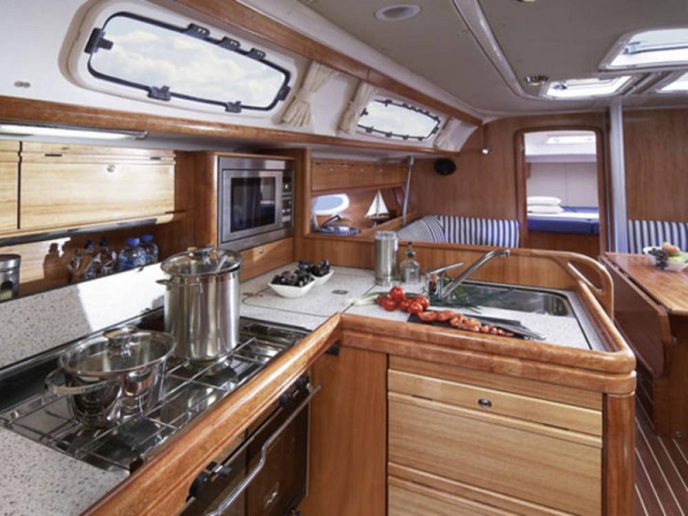 Bavaria Cruiser 38 entre particuliers et professionnel à De Fryske Marren
