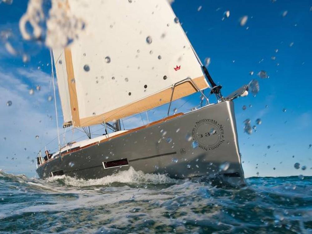 Rental yacht De Fryske Marren - Dufour Dufour 382 GL on SamBoat