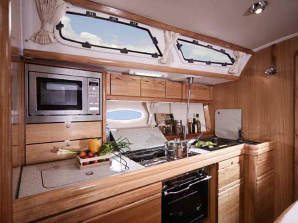 Bavaria Cruiser 40 entre particuliers et professionnel à De Fryske Marren