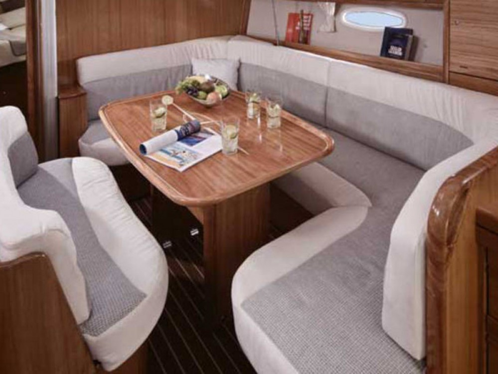 Location bateau De Fryske Marren pas cher Cruiser 40