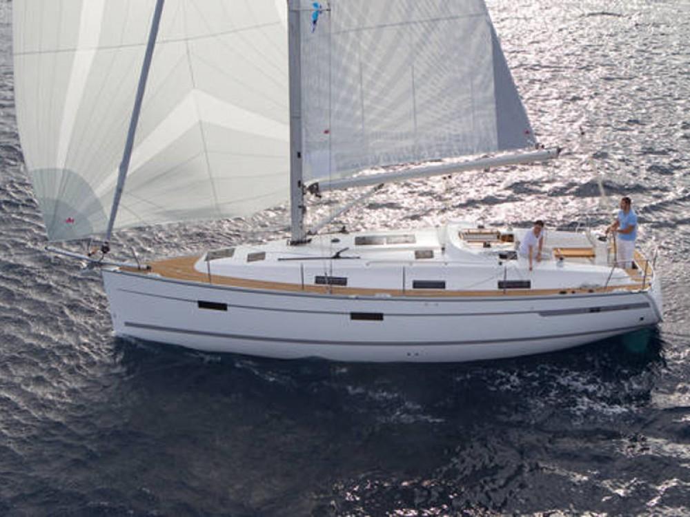 Bavaria Bavaria Cruiser 36  between personal and professional Marina Naviera Balear