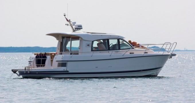 Location bateau Nimbus Nimbus 365 Coupé à Marina Pirovac sur Samboat