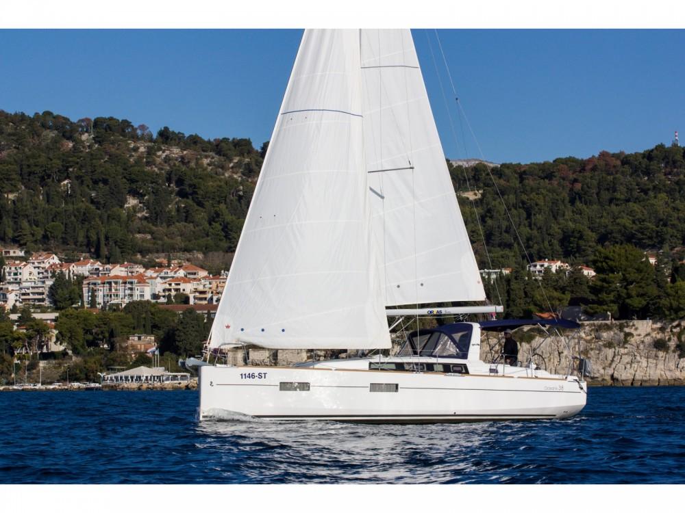 Location yacht à ACI Marina Split - Bénéteau Beneteau Oceanis 38 sur SamBoat