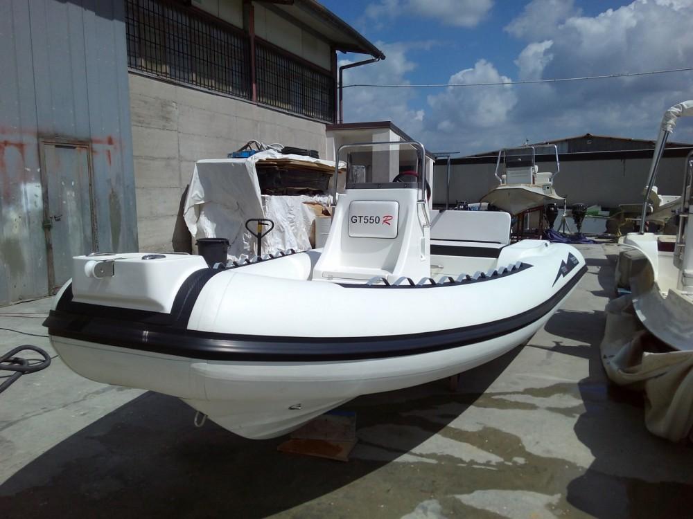 Location bateau Gommone Seapower Gommone Seapower GT550R à Milazzo sur Samboat