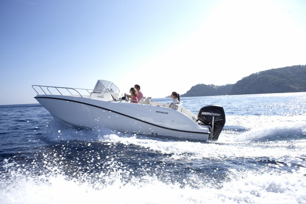 Boat rental Fréjus cheap Quicksilver 675 Open Activ