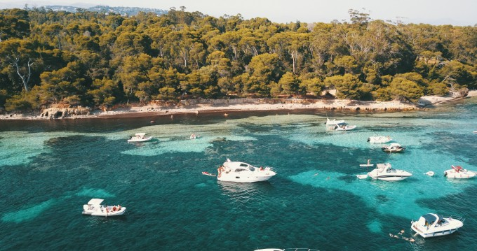 Location bateau Antibes pas cher Prestige 390 S