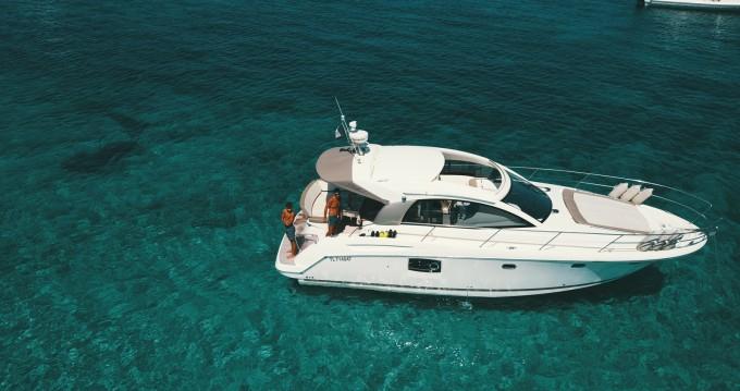 Location bateau Prestige Prestige 390 S à Antibes sur Samboat