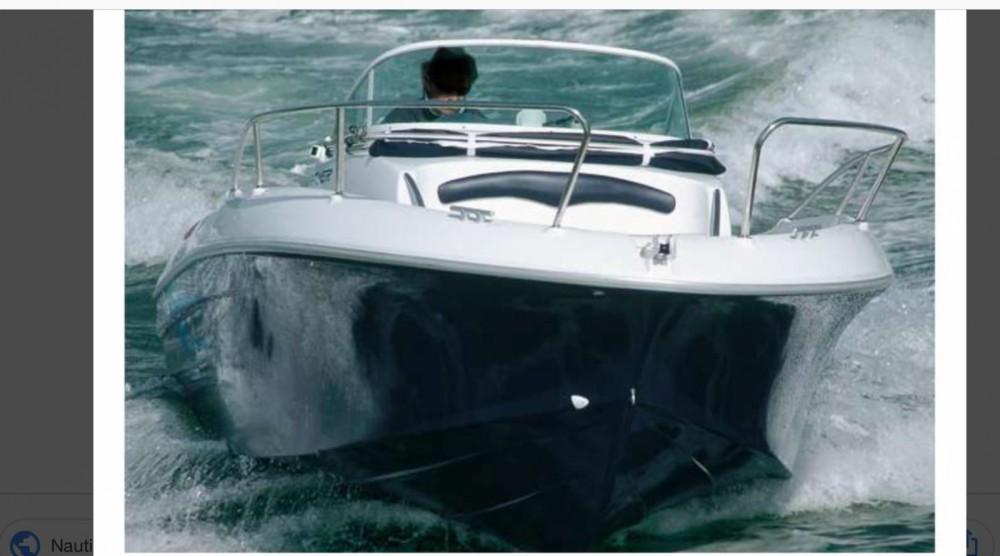 Rental Motor boat in Ajaccio - Bénéteau Flyer 6
