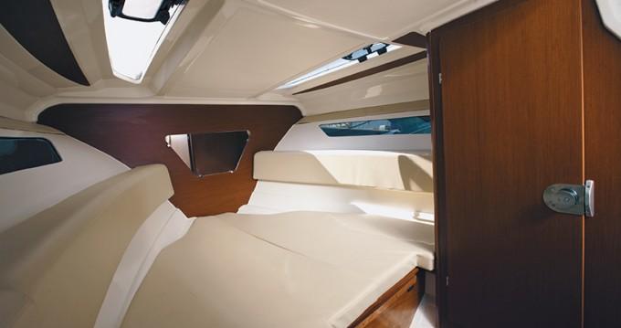 Location yacht à Hyères - Jeanneau Cap Camarat 7.5 DC sur SamBoat