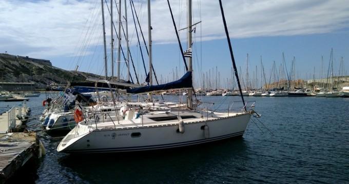 Location bateau Jeanneau Sun Odyssey 33 à Marseille sur Samboat