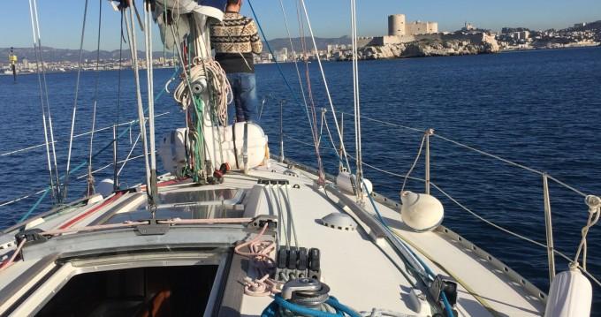 Louez un Jeanneau Sun Odyssey 33 à Marseille