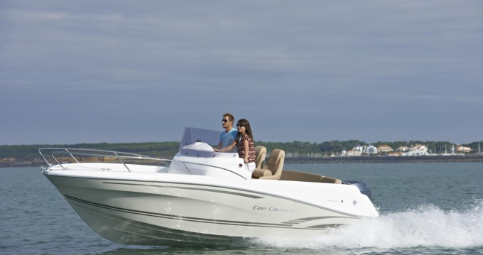 Location bateau Fornells pas cher Cap Camarat 5.5 CC Serie 2