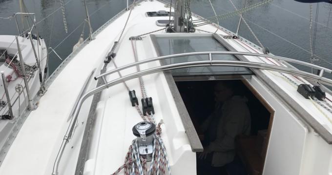 Location bateau Saint-Raphaël pas cher Dufour 30 Classic