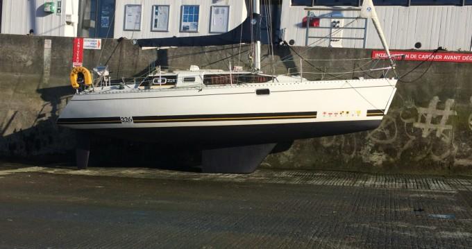 Louez un Kirie Feeling 326 à Brest