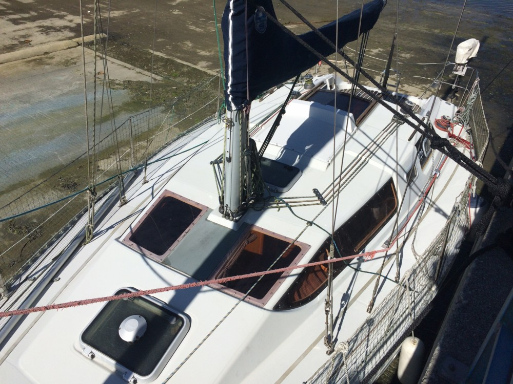 Hire Sailboat with or without skipper Kirie Brest